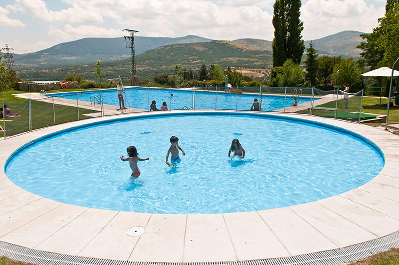 Casa rural con piscina en Madrid